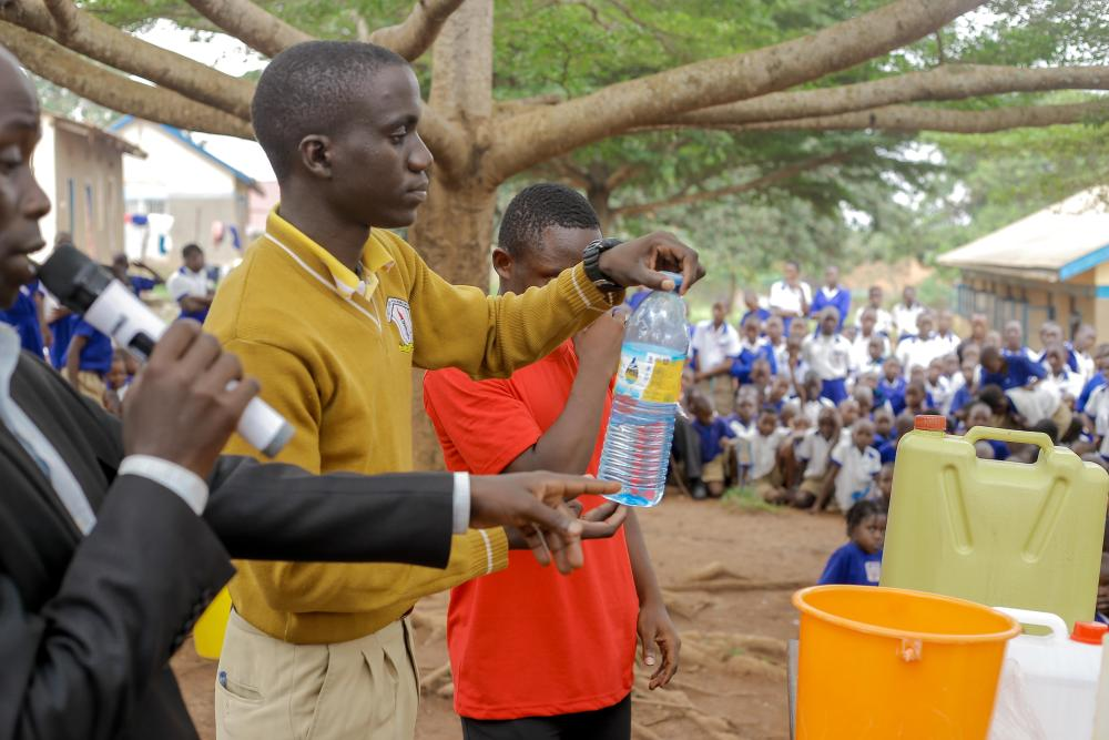 sanitizer demostration